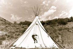 amerikansk infödd teepee Royaltyfria Bilder