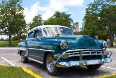 Amerikansk klassisk bil för Kuba Arkivfoto