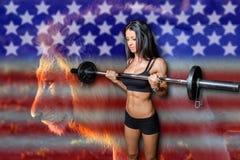 Amerikansk kroppsbyggare med lejons styrka royaltyfri bild