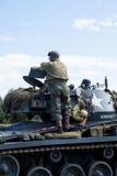 Amerikansk ljus Chaffee Tank och besättning royaltyfri fotografi