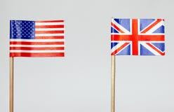 amerikanska brittiska flaggor Royaltyfri Fotografi
