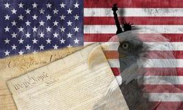 Amerikanska flaggan och patriotiska symboler Fotografering för Bildbyråer