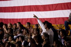 Amerikanska flaggan på Barack presidents- Obama samlar Royaltyfri Bild