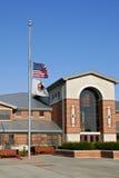 Amerikanska flaggan på halv stång Arkivbilder