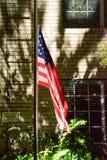 Amerikanska flaggan på natten Royaltyfria Bilder