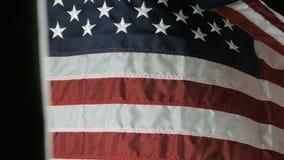 Amerikanska flaggan som vinkar i ultrarapid lager videofilmer