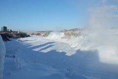 Amerikanska nedgångar i vintern Fotografering för Bildbyråer