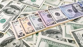 Amerikanska pengar 5,10, 20, 50, ny räkning för bakgrundscloseupserie för dollar 100 HögUSA-sedel Arkivbilder