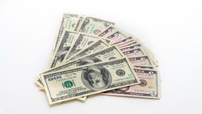 Amerikanska räkningar för pengardollarsedlar på vit bakgrund Arkivbilder