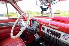 Amerikanska retro bilar i Kuba Arkivbilder