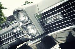 amerikanska retro bilklassiker Royaltyfria Bilder
