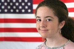 amerikanskt le för flicka Arkivbilder
