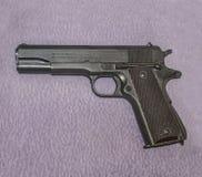 amerikanskt vapen Hingstföl, för 11,43-mm prövkopia 1911 Fotografering för Bildbyråer