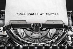 Amerikas förenta stater på gammalt pappers- skriftligt på en tappningskrivmaskin fotografering för bildbyråer