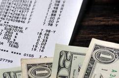 Amerykańscy dolary i kwitu zbliżenie Fotografia Royalty Free
