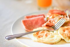 Amerykański śniadanie na stole Obraz Stock