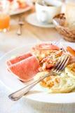 Amerykański śniadanie na stole Zdjęcie Stock
