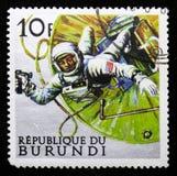 Amerykański astronauty odprowadzenie w przestrzeni, eksploracja przestrzeni seria około 1968, fotografia royalty free