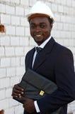 amerykański inżynier afro na zewnątrz. Zdjęcie Stock