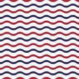 Amerykański patriotyczny bezszwowy wzór z falami w tradycyjnych czerwieni, błękitnych i bielu kolorach, ilustracja wektor