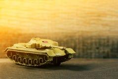 Amerykańskiego żołnierza wojenny zbiornik na polu bitwy Obraz Royalty Free