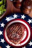 Amerykańskiego stku czerwony dzwonkowy pieprz, morze sól, grill Obraz Stock