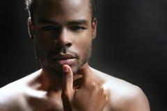amerykanin afrykańskiego pochodzenia czarny śliczni mężczyzna portreta potomstwa fotografia royalty free
