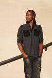 amerykanin afrykańskiego pochodzenia mężczyzna potomstwa Fotografia Royalty Free