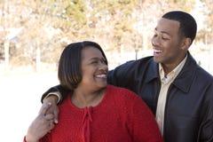 Amerykanin Afrykańskiego Pochodzenia macierzysty i jej dorosły syn Obrazy Royalty Free