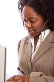 Amerykanin Afrykańskiego Pochodzenia obsługi klienta agent na telefonie Obrazy Royalty Free