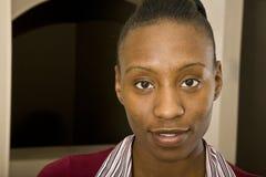 amerykanin afrykańskiego pochodzenia portreta ładna kobieta Obrazy Stock