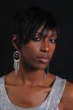 amerykanin afrykańskiego pochodzenia atrakcyjna portreta kobieta Zdjęcie Royalty Free