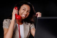 amerykanin afrykańskiego pochodzenia bizneswomanu potomstwa Zdjęcie Stock