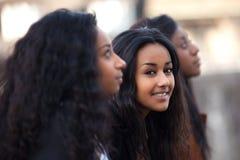 amerykanin afrykańskiego pochodzenia dziewczyn nastoletni potomstwa Zdjęcia Stock
