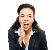 Amerykanina afrykańskiego pochodzenia bizneswoman krzyczy odosobnionego białego backgroun Zdjęcia Royalty Free