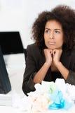 Amerykanina Afrykańskiego Pochodzenia bizneswoman w kłopocie Fotografia Royalty Free