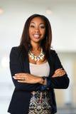 Amerykanina Afrykańskiego Pochodzenia bizneswomanu ono Uśmiecha się obrazy stock