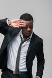 Amerykanina afrykańskiego pochodzenia mężczyzna pokazuje odrzucenie i odmowa Zdjęcia Royalty Free