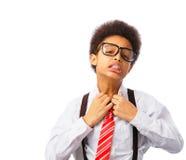 Amerykanina Afrykańskiego Pochodzenia nastolatek odsupłuje jego krawat Zdjęcia Stock