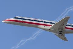 Amerykanina Eagle linii lotniczych American Airlines Embraer ERJ-140 samolot Zdjęcia Royalty Free