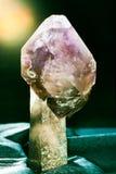 Amethyst крона скипетра на минерале кристалла кварца Стоковые Изображения