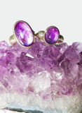 Amethyst crystals and jewellery Royalty Free Stock Photography