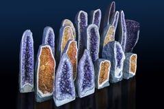 Amethyst-Kristalle in der Natur Druse-Kristalle Stockbilder