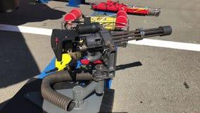 Ametralladora montada puerta del helicóptero almacen de video