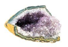 Ametysta kamienia cięcie, druza kryształy odizolowywający na białym tle obraz stock