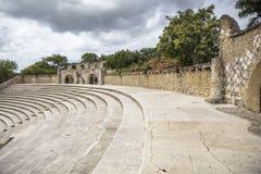 Amfiteater i Alt de Chavon, Casa de Campo Royaltyfri Bild