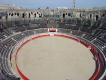 amfiteater roman nimes Arkivbild
