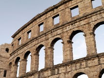 amfiteatru antycznych Croatia miejsca przeznaczenia sławnych pula rzymski turysta Obraz Royalty Free