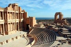 Amfitheater Sabratha Libië stock fotografie