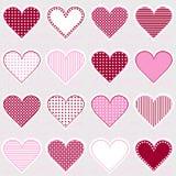 Ami il fondo con le strutture del cuore sul rosa, modello per la neonata Fotografie Stock Libere da Diritti